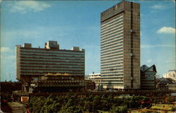 Piccadilly Plaza Postcard