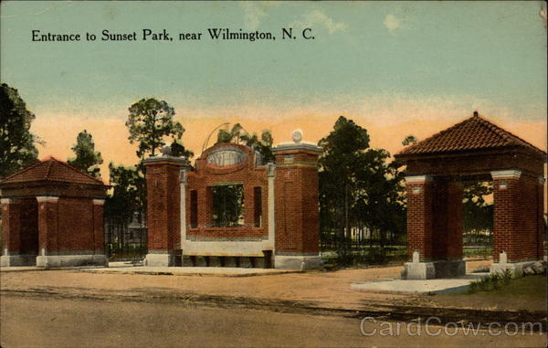 Entrance to Sunset Park Wilmington North Carolina