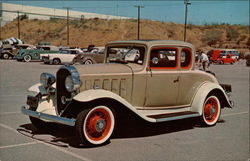 1932 Buick Coupe Postcard