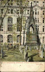 Independence Monument, Trinity Church Yard