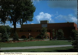 Livingston Lord Library, Moorhead State University