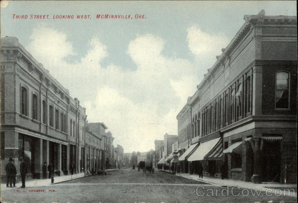 Third Street, looking West McMinnville Oregon