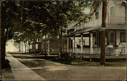 Ash St. Looking North, Linwood Park Postcard