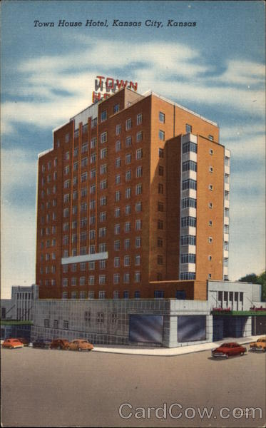 The town house hotel kansas city ks for Town house motor inn