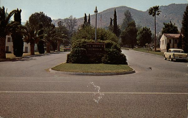 Entrance to La Sierra College California