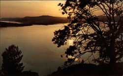 Lake Oroville Postcard
