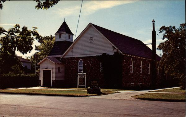 Community Church Charlevoix Michigan