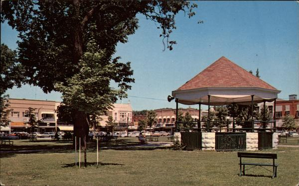 Public Square and Band Stand Fairfield Iowa