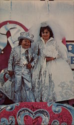 Smallest Man & Woman Wed
