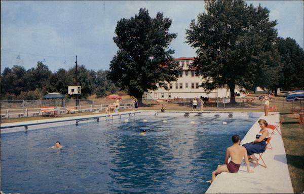 Mammoth Filtered Swimming Pool The Lake House Hotel Woodridge Ny