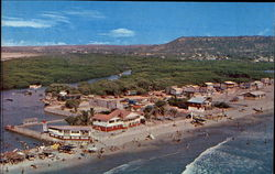 Palmar - Touristic beach with a lovely sea and varied vegetation