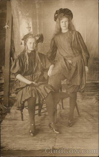 Two Sisters Women