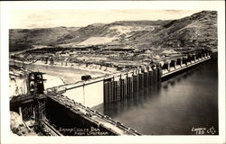 Grand Coulee Dam From Upstream