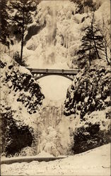 Multnomah Falls Ice Up