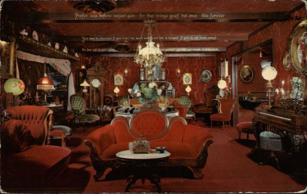Red Parlor - Ye Olde Hoosier Inn Stockton California