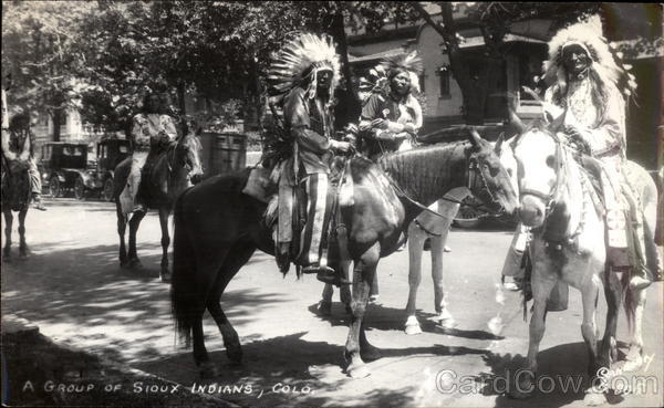 A Group of Sioux Indians, Colorado Native Americana