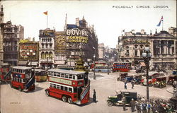 Picadilly Circus Postcard