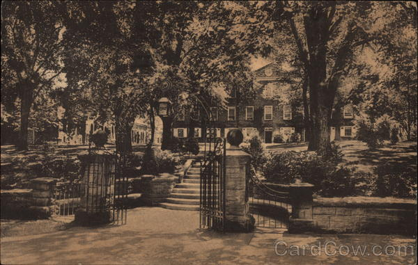 Class of 1902 Gate and Old Queens, Rutgers University New Brunswick New Jersey
