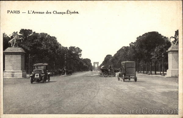 L'Avenue des Champs-Elysees Paris France