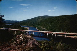 The New Delaware Water Gap Bridge