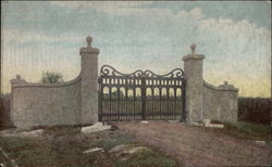 Gates to Northern entrance of Jamestown Island
