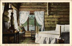 Old Faithful Inn Bed Room