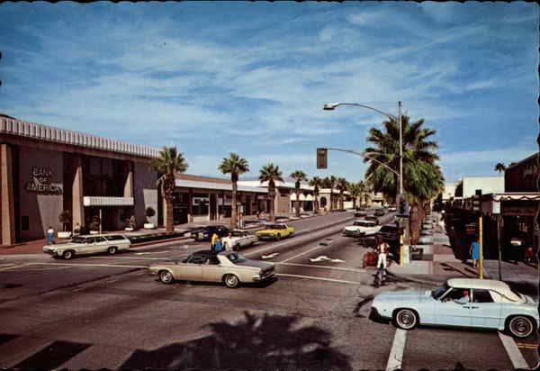 Busy Street in Palm Springs California