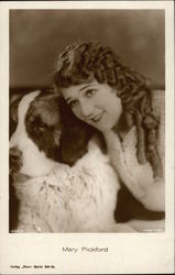 Mary Pickford with St. Bernard