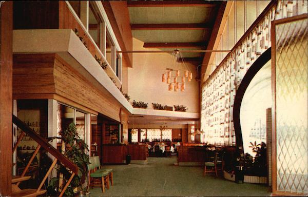 The New Maridor Restaurant Vintage Post Card