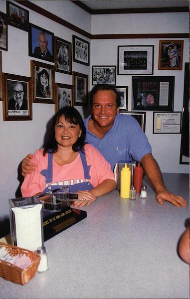Roseanne & Tom's Big Food Diner Eldon Iowa Actors