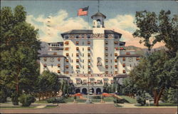 Front Vista of the Broadmoor Hotel