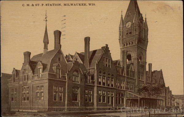 CM & ST. P. Station Milwaukee Wisconsin