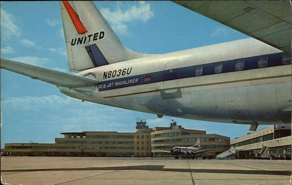 United Airlines Jet and Greater Pittsburgh Airport Pennsylvania