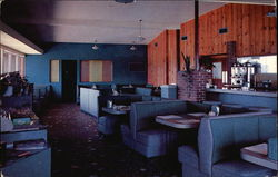 Winnie Vee Restaurant and Motel Postcard
