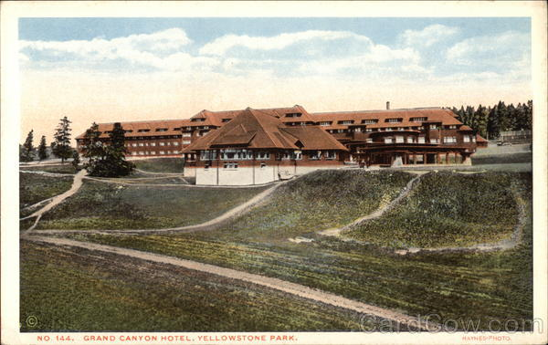 Grand canyon hotel yellowstone national park for Hotels yellowstone national park