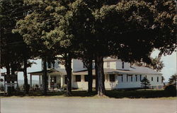 The Maples Motel and Restaurant