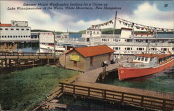 Steamer Mount Washington Loading for Cruise on Lake Winnipesaukee Postcard