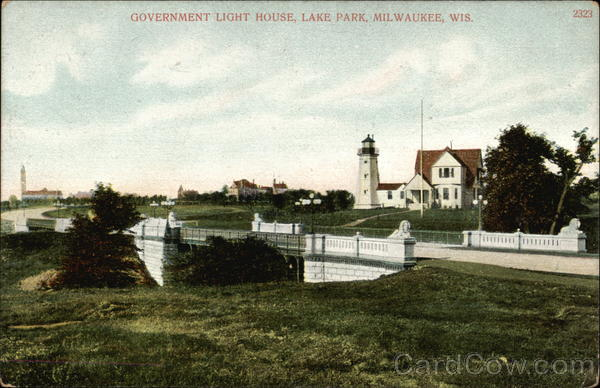 Lake Park - Government Light House Milwaukee Wisconsin