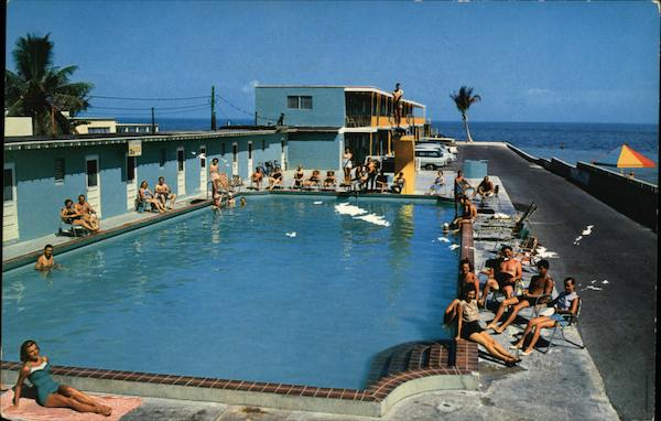 Sun 'N' Surf Motel - View of Pool Key West Florida