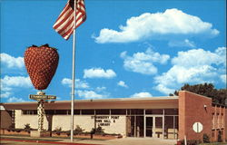 Home of the World's Largest Strawberry