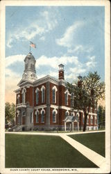 Dunn County Court House