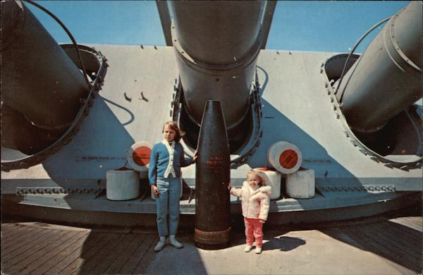 USS Massachusetts Fall River Boats, Ships