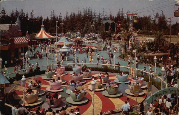 Mad Hatter's Tea Party - Disneyland Disney