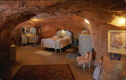Hole 'N The Rock Home - Master Bedroom
