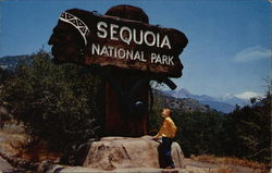 Entrance to Sequoia National Park