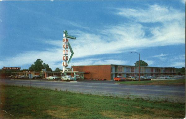 Routt's Cloverleaf Motel And Dining Room, On Route 65 and 31 Elizabethtown Kentucky
