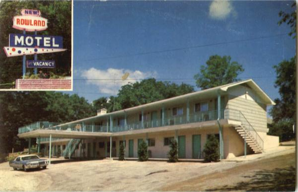 Rowland Motel, 915 West Main St. at Sunshine On Highway 76, West Branson Missouri