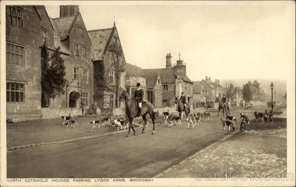 North Cotswold Hounds Passing Lygon Arms, Broadway Worcester England