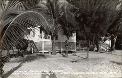 The Pelican Hotel - Beach Front Cottages