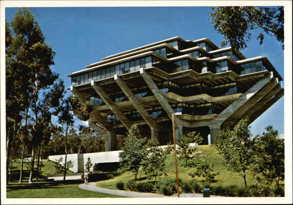University of California - Central University Library San Diego